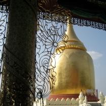 Bupaya, on the banks of the Irrawaddy, Bagan