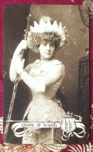 queen-of-wands-the-relative-tarot-by-carrie-paris